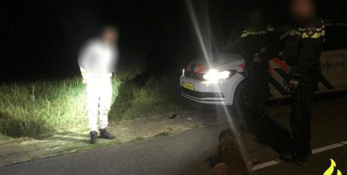 Audi met Utrechter crasht bij Duitse grens