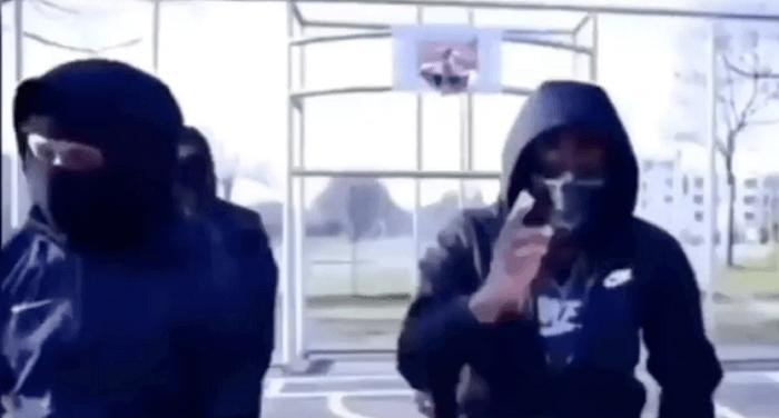 'Zwaargewonde bij steekpartij in Bijlmer is drillrapper'