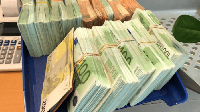 800.000 euro in Amsterdamse woningen in beslag genomen