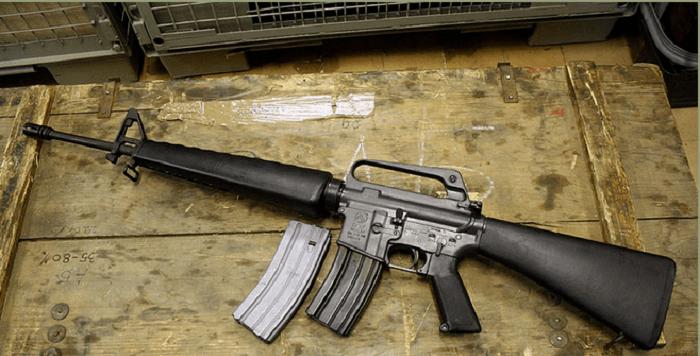Vier jaar cel voor Helmonder vanwege handel in vuurwapens en munitie