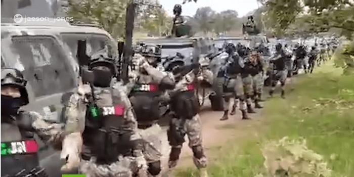 Jaliscokartel provoceert met video zwaarbewapend leger (VIDEO)