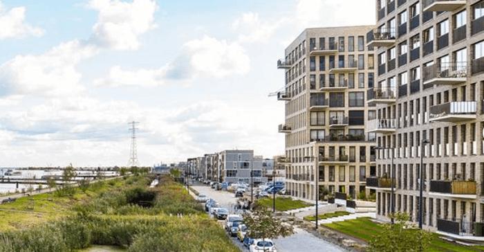 Ruim 2 miljoen euro cash in woning Amsterdam-Oost