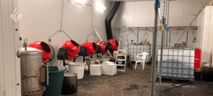 Grote cocaïnewasserij ontmanteld in paardenmanege
