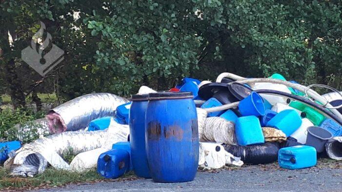 Forse hoeveelheid drugsafval gedumpt in Drenthe