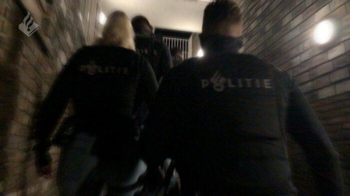Politie: woningbemiddelaar voor criminelen opgepakt (VIDEO)