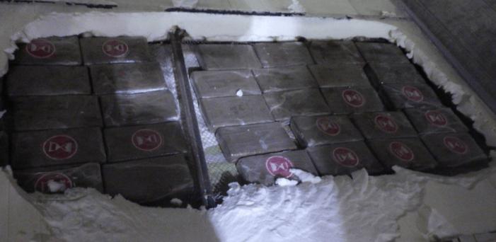 Douane pakt 75 kilo cocaïne in koelcontainer
