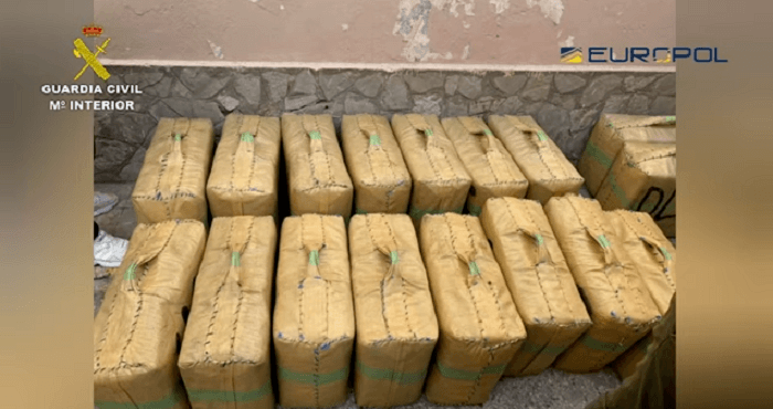 64 arrestaties in Spaans onderzoek naar grootschalige hasjsmokkel (VIDEO)