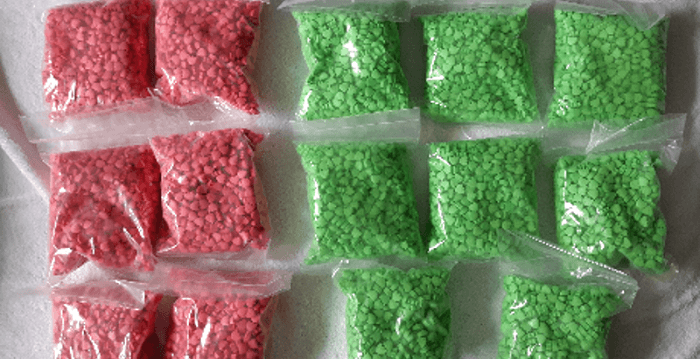 Kilo's xtc en vuurwapen in drugslab Maartensdijk