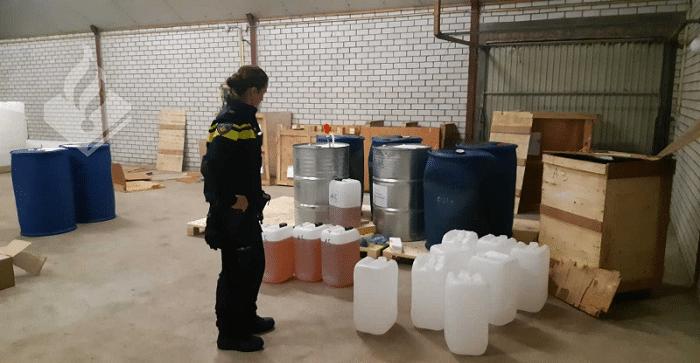 2000 liter fentanyl gevonden in loods Breda (VIDEO)