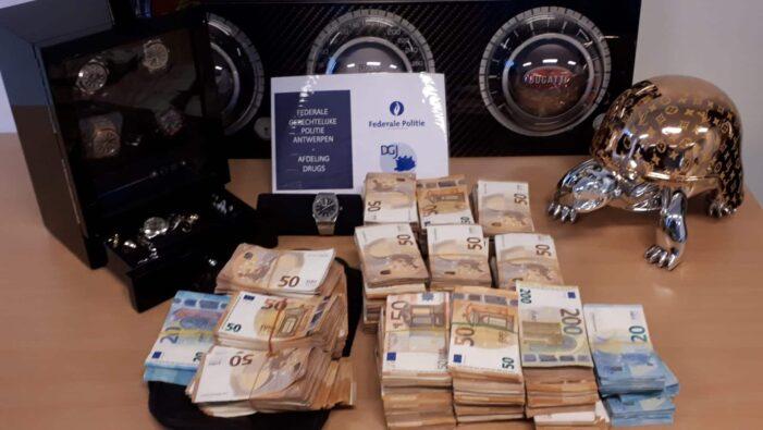 'Cocaïne-smokkelaars kochten beer van Louis Vuitton'