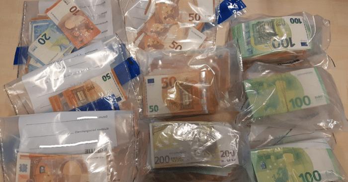 Arrestatie voor drugshandel leidt naar ruim ton cash geld