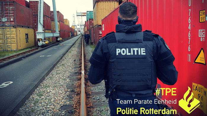 22 'uithalers' binnen 24 uur opgepakt in Rotterdamse haven