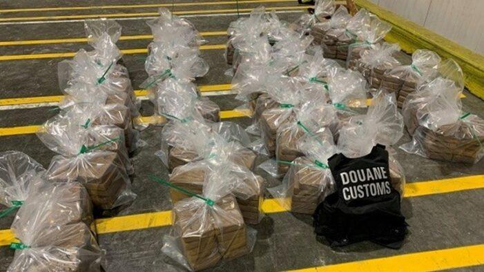 475 kilo cocaïne tussen bananen uit Ecuador