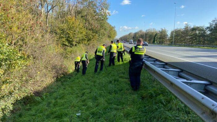 Politie zoekt langs snelweg sporen schietpartij