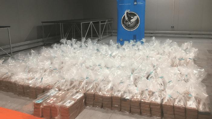 Ruim 4 ton cocaïne onderschept in Rotterdamse haven