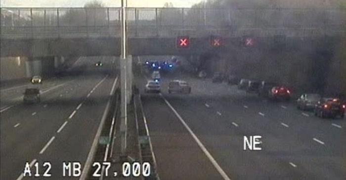 Gestolen auto crasht op A12 tijdens politieachtervolging