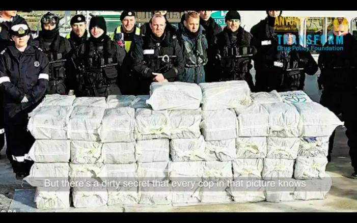 Britse agenten: 'Strenge drugsaanpak duwt jongeren criminaliteit in'
