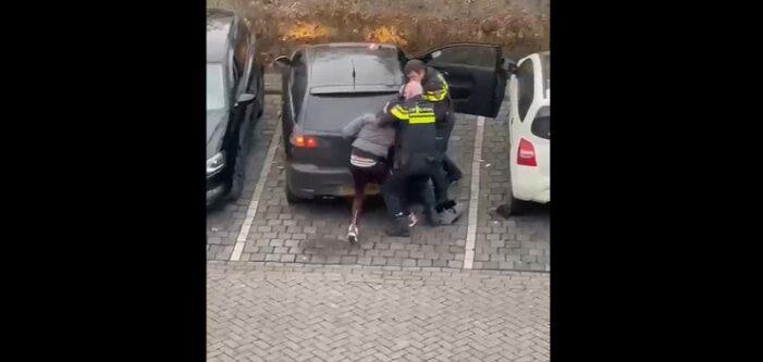 Politie lost waarschuwingsschot in Breda na worsteling met verdachte (VIDEO)