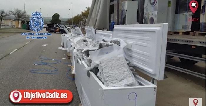 Nederlander (65) opgepakt in Spanje met 322 kilo wiet in vrachtwagen (VIDEO)