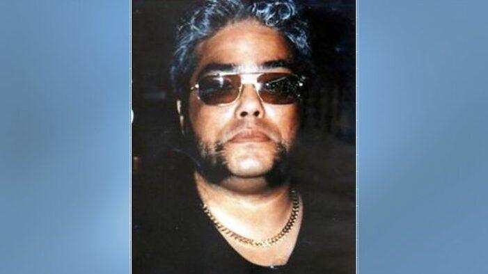 Moord uit 1999: 'Oplossing ligt waarschijnlijk onder onze neus' (VIDEO)