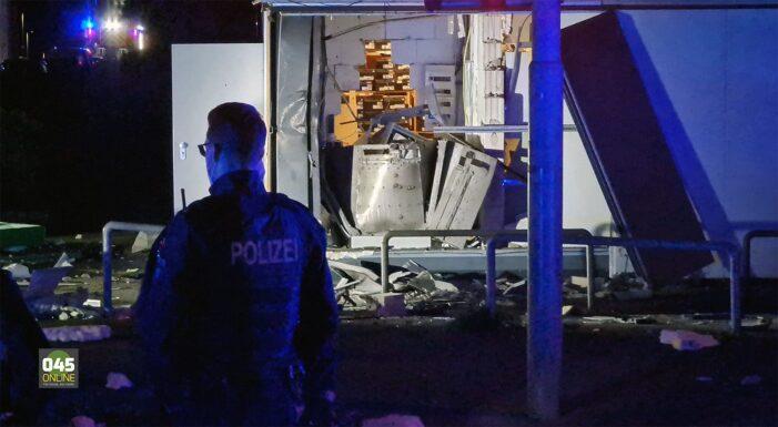 Plofkraak vlak over grens bij Kerkrade, daders gevlucht op scooter (VIDEO)