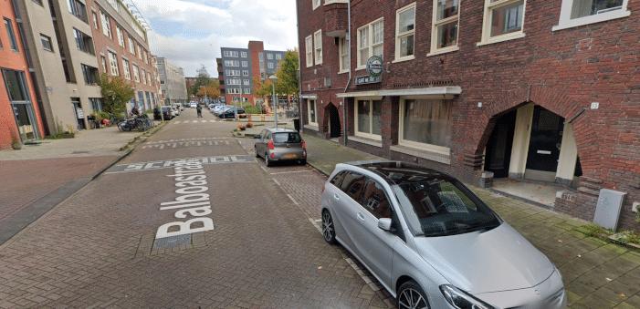 Ontploffing bij café in Amsterdam-West