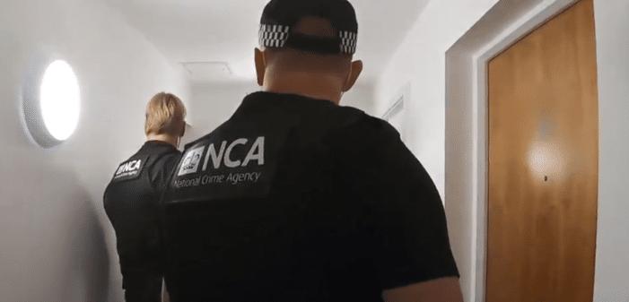 Verdachte megatransporten cocaïne opgepakt in Engeland (VIDEO)