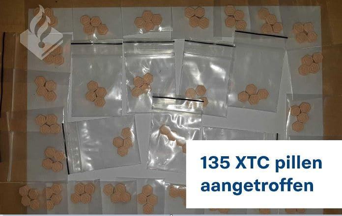 Meisje (16) in Den Haag opgepakt met 135 xtc-pillen