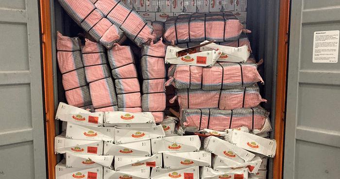 2.807 kilo cocaïne onderschept binnen 24 uur in Rotterdamse haven