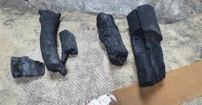 500 kilo cocaïne in houtskool vanuit Rotterdam naar Dublin gepakt