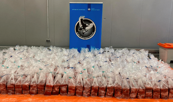 2100 kilo cocaïne gepakt in Rotterdam