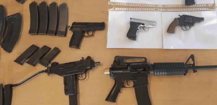 Flinke wapenvondst in woning Spijkenisse